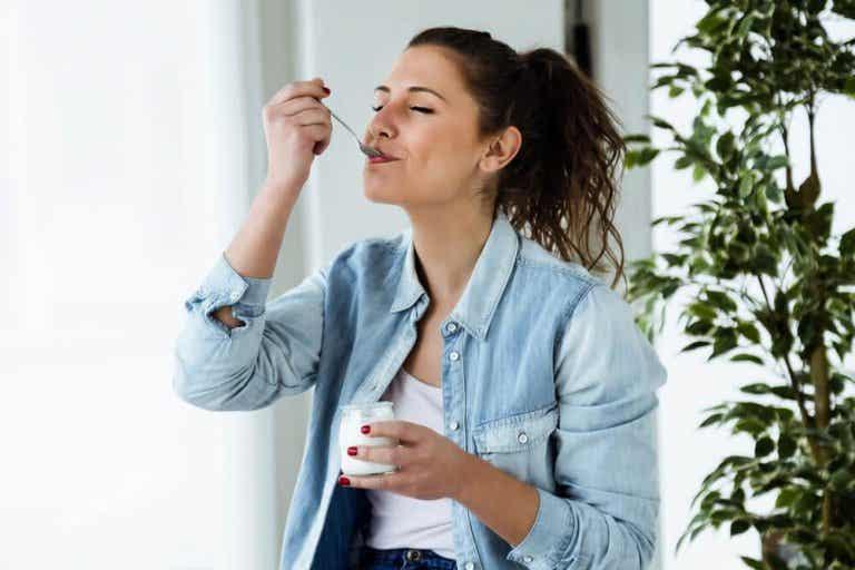 Dieta jogurtowa - zdrowy sposób na odchudzanie