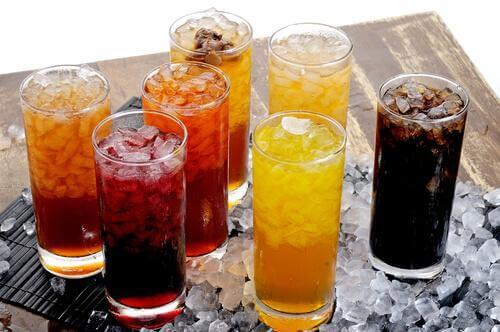 kolorowe napoje żywność rakotwórcza