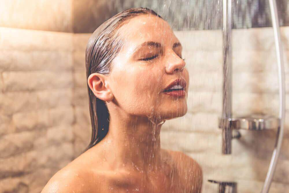 kondycja włosów - gorąca woda