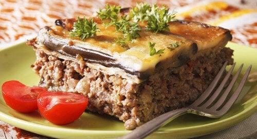 Moussaka - bakłażany i mięso.
