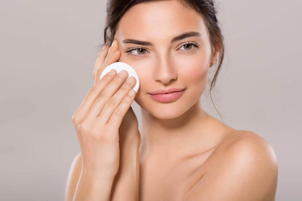 olej rycynowy - oczyszczanie twarzy