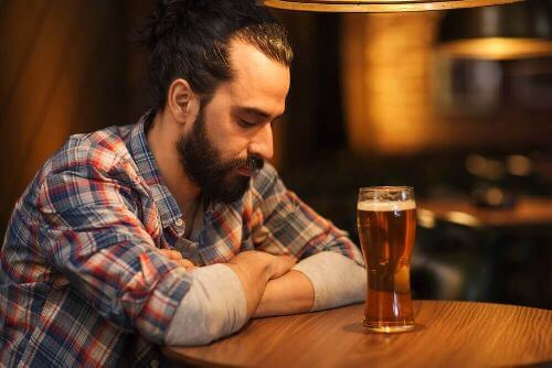 W barze przy piwie