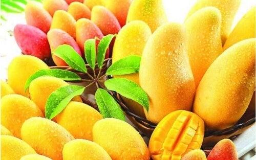 W mango znajdziesz mnóstwo ważnych witamin i minerałów.