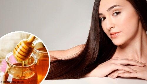 Działanie miodu na włosy – mnóstwo korzyści!