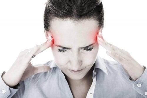 Napad migreny – 6 pomocnych remediów