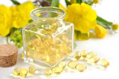Olej z wiesiołka - 6 remediów dla zdrowia kobiet