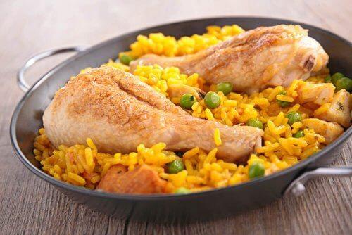 Ryż z kurczakiem w bardzo hiszpańskim stylu
