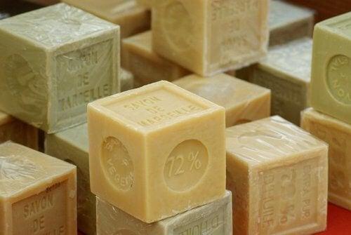 Szare mydło z Marsylii.