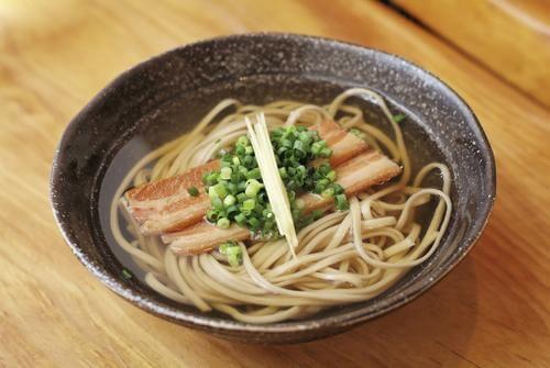 zupa z makaronem japońska