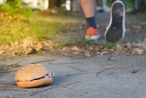 Wyższa waga niekoniecznie oznacza tycie – mięśnie są cięższe niż tłuszcz.