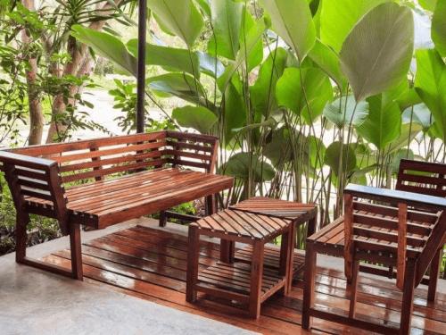 Drewniane meble – jak o nie dbać?