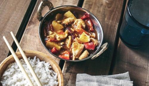 Kurczak w sosie słodko-kwaśnym po chińsku