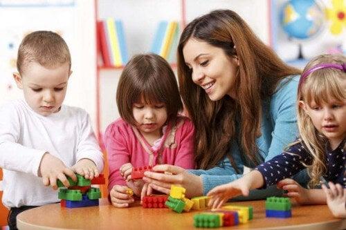 Nauczycielka i dzieci i test WISC