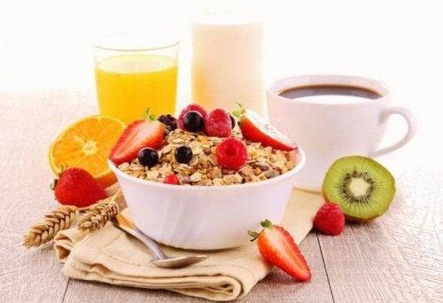 Szybkie i zdrowe śniadanie – 4 przepisy