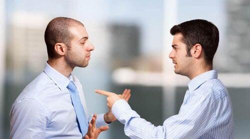 Wielu z nas zrzuca odpowiedzialność za własne samopoczucie na innych.