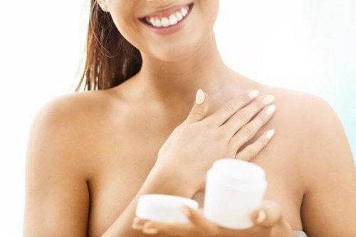 Jędrna skóra – 6 skutecznych wskazówek