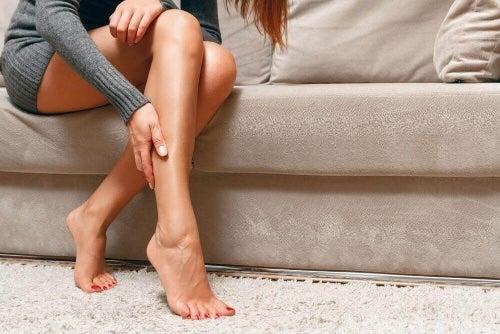 Skurcze mięśniowe: jak je zwalczać i im zapobiegać?
