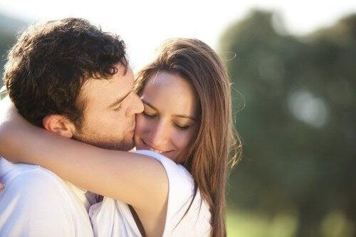 Naprawdę kochasz tę osobę ? Sprawdź 4 oznaki.