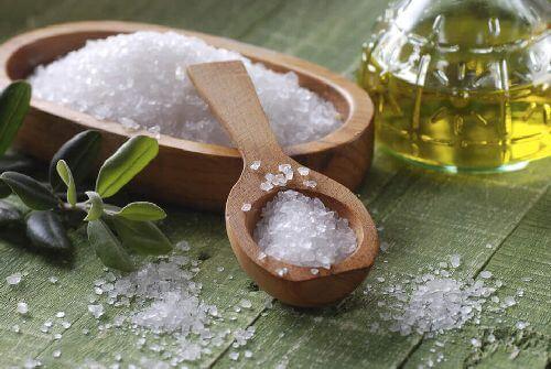 Sól morska i olej z kiełków pszenicy