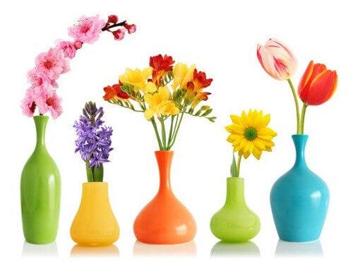 Dekoracyjne wazony - farba w sprayu