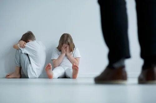 Przemoc wobec dzieci - 9 jasnych oznak