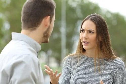 Brak prezentów od partnera - co robić?