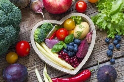 Kolorowe owoce i warzywa - zdrowe nawyki żywieniowe