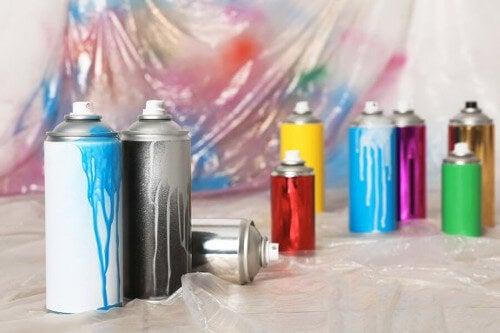Farba w sprayu - rodzaje