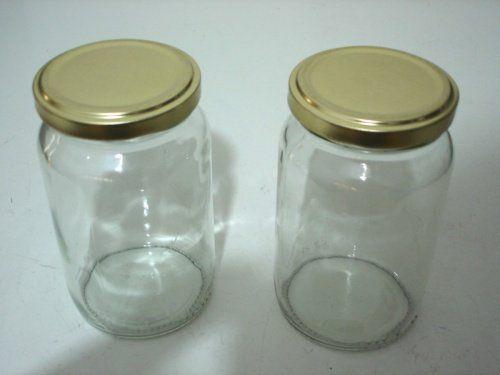Szklane słoiki pozwolą stworzyć doskonały organizer na akcesoria do makijażu