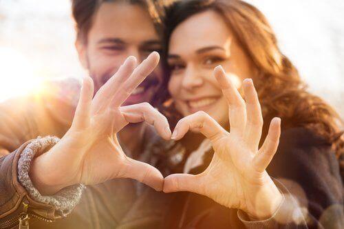 Oznaki miłości często wiążą się z pozytywnymi zmianami w życiu.