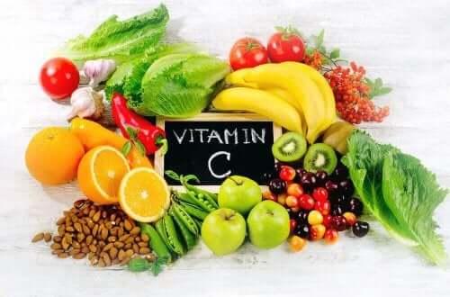 Źródła witaminy C - anemia z niedoboru żelaza
