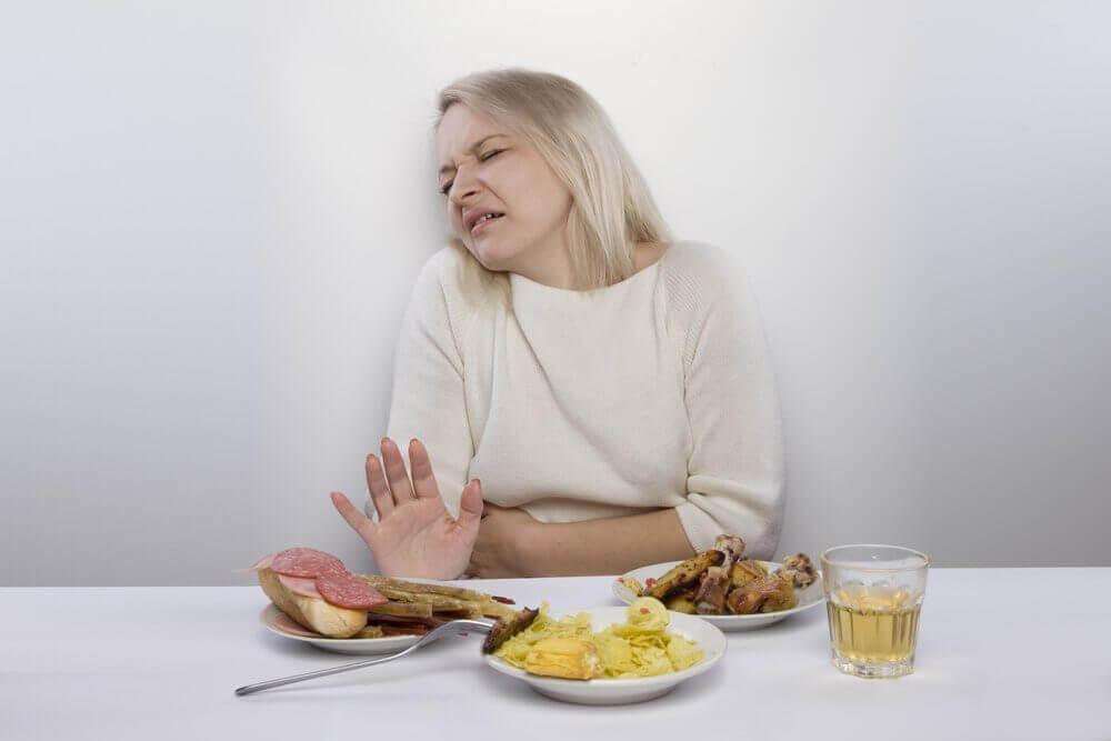 Ból brzucha, niechęć do jedzenia
