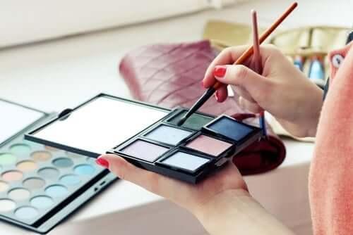 Kosmetyki – jakich składników unikać?