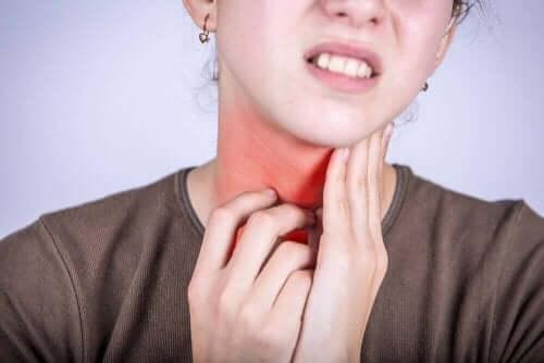 Ból i zapalenie gardła