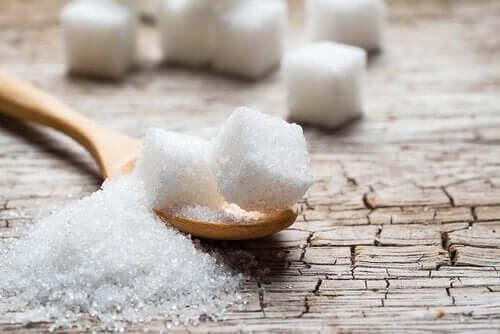 Czym zastąpić cukier – osiem naturalnych alternatyw