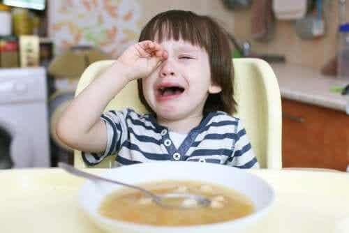 Dzieci nie chcą jeść? Dowiedz się, co wtedy robić