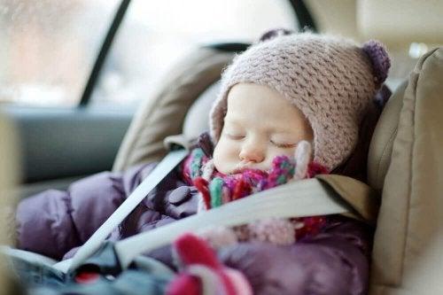 fotelik samochodowy dla dziecka 2