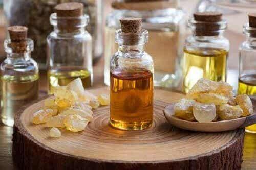 Olibanum - zalety olejku eterycznego z kadzidła