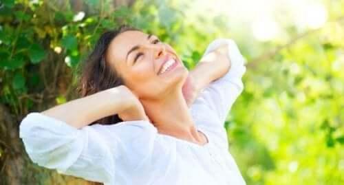 Zniszczone włosy - poznaj 5 naturalnych remediów