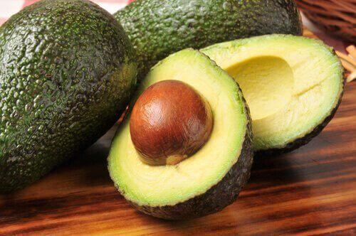 Awokado obniża poziom chlesterolu