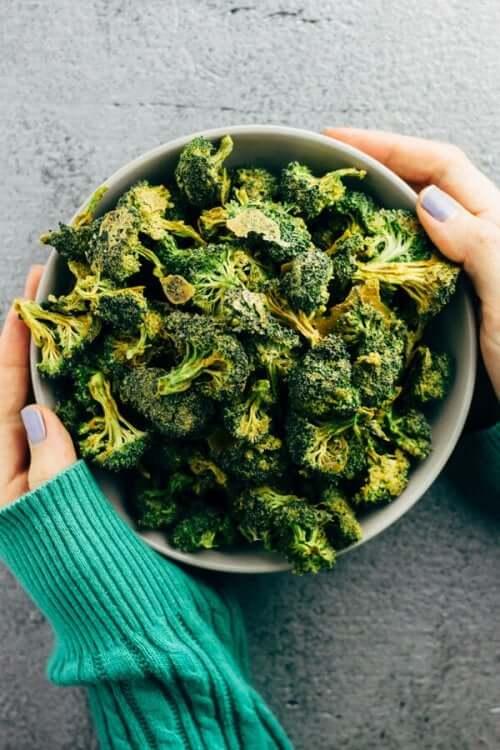 Brokułowe chipsy