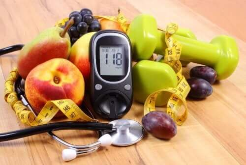 Glukometr, owoce, stetoskop