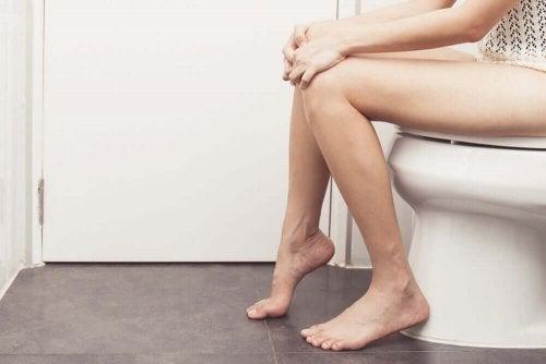 Kobieta w toalecie