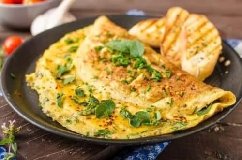 Omlet na talerzu