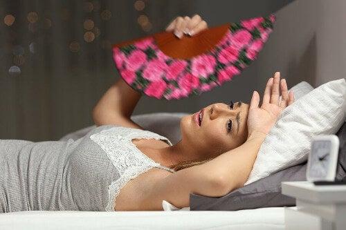 Kobieta cierpi na wyczerpanie cieplne