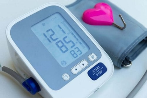 Serce i ciśnieniomierz