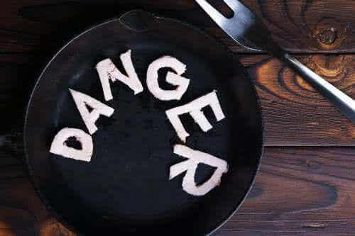 Niebezpieczne diety i typowe dla nich symptomy ostrzegawcze