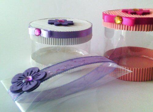 Dekoracyjne opakowania z butelek