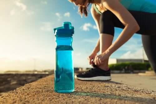 Sport - woda w butelce