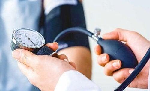 Pomiar ciśnienia tętniczego